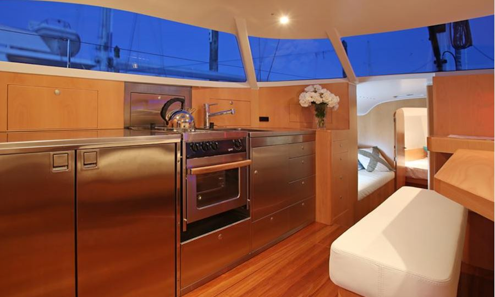 Alternative galley layout.