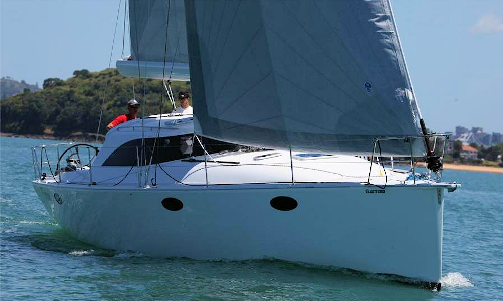 Elliott 1350 Tourer under sail - Auckland Harbour